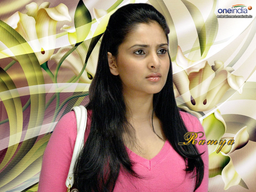 ramya hq wallpapers | ramya wallpapers - 8274 - oneindia wallpapers
