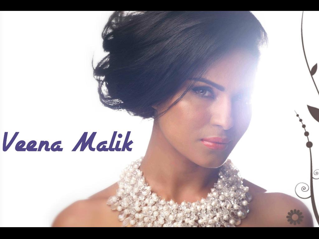 Veena Malik Hq Wallpapers Veena Malik Wallpapers 9438 Oneindia