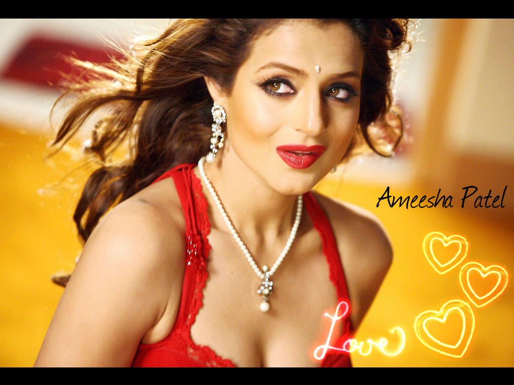 ameesha patel hq wallpapers | ameesha patel wallpapers - 9713