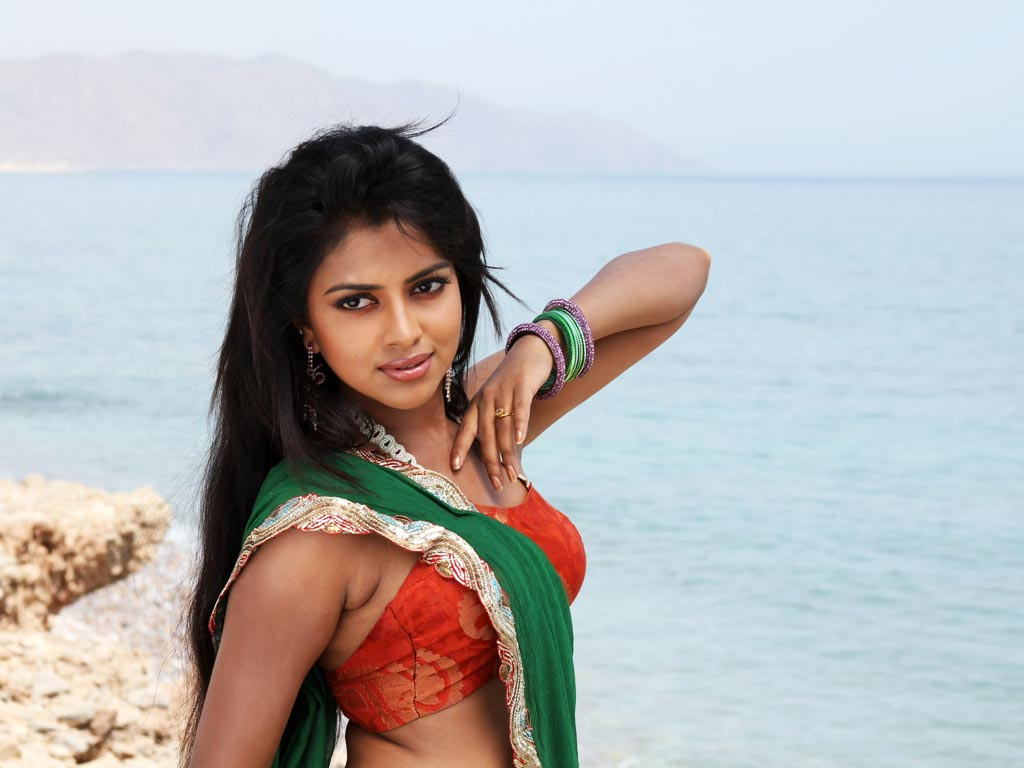 amala paul hq wallpapers | amala paul wallpapers - 10802 - oneindia