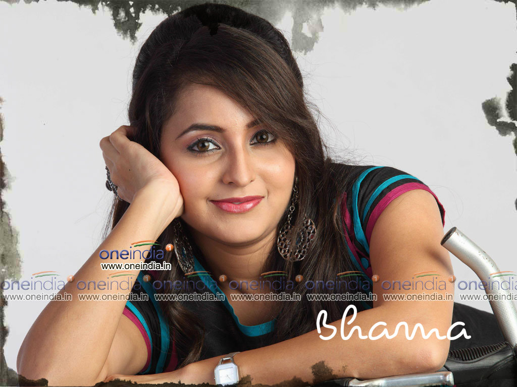 bhama hq wallpapers | bhama wallpapers - 11148 - oneindia wallpapers