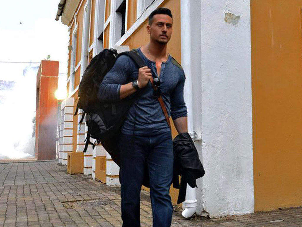 Baaghi 2 Hq Movie Wallpapers Baaghi 2 Hd Movie Wallpapers 50558